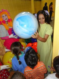 Os Brinquedos da Bebel na EMEI Antonio Pereira de Lima. Guaianases - SP.